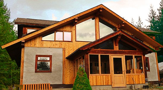 Slocan, Canada: Stay at the Off-Grid Straw Bale Retreat Centre in the forest - The White Pines Dojo
