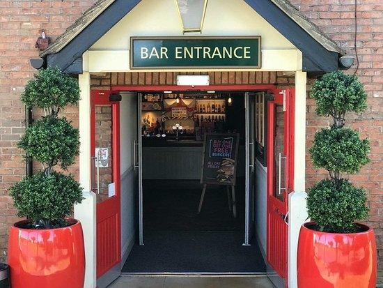 South Hykeham, UK: Bar Entrance