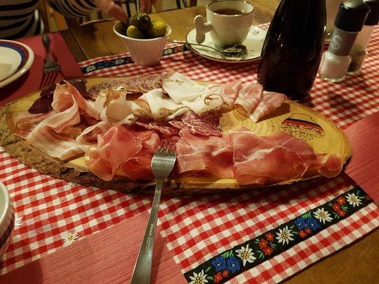 Bioggio, Suiza: 20181012_203853_large.jpg
