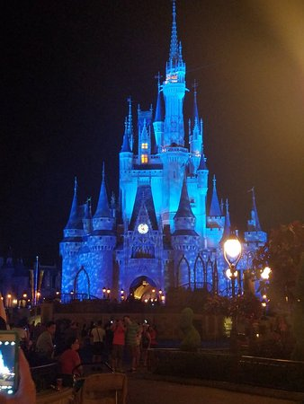 Magic Kingdom Park: 20181006_230125_large.jpg