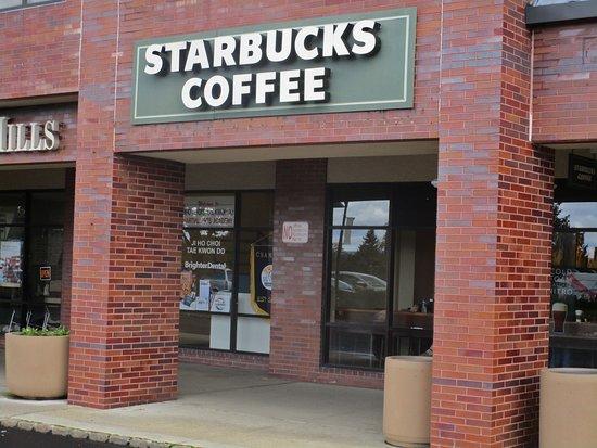 Bedminster, نيو جيرسي: Starbucks