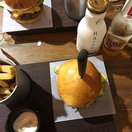 SMR burger house ภาพ