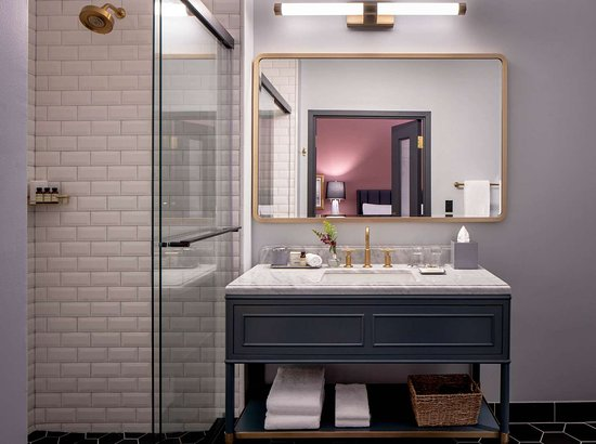 Bathroom Picture Of The Eliza Jane New Orleans Tripadvisor