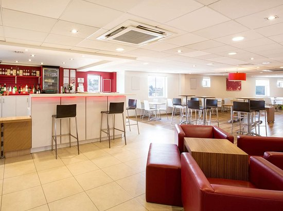 travelodge chelmsford hotel reviews photos price. Black Bedroom Furniture Sets. Home Design Ideas