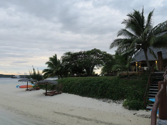 Port Havannah, Vanuatu : View from the jetty back to the restaurant