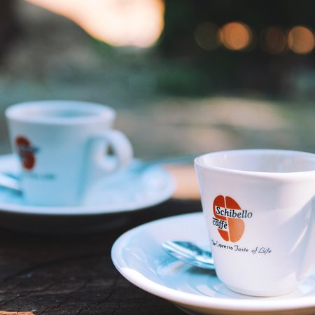 Moroto, Ουγκάντα: Enjoy cappuccino, late macchiato, espresso and other coffee specialities at the hotel cafe in Mo