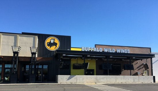 Union Gap, WA: Buffalo Wild Wings on 1st Street