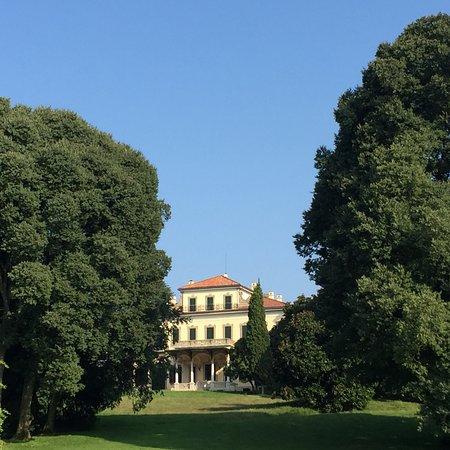 Arcore, Italy: Villa Borromeo d'Adda