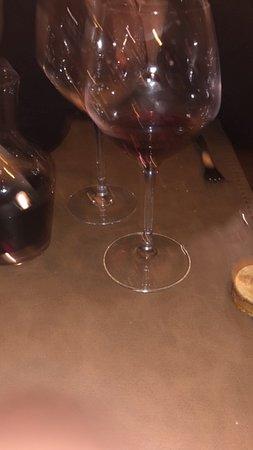 Montigny-sur-Loing, Frankreich: bon vin