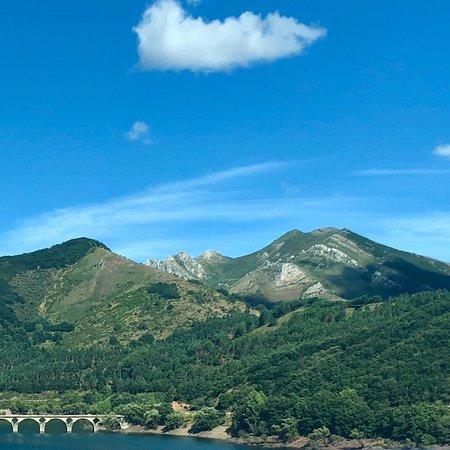 Caldas de Luna, إسبانيا: La zona es preciosa!!!