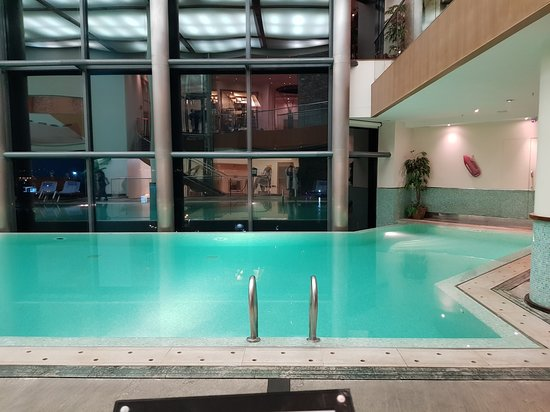Nice spa - Picture of Le Royal Hotel Beirut, Dbayeh