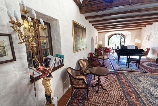 Castel Rundegg Hotel: Piano-Lounge