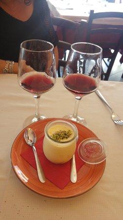 Nizza di Sicilia, อิตาลี: dolce