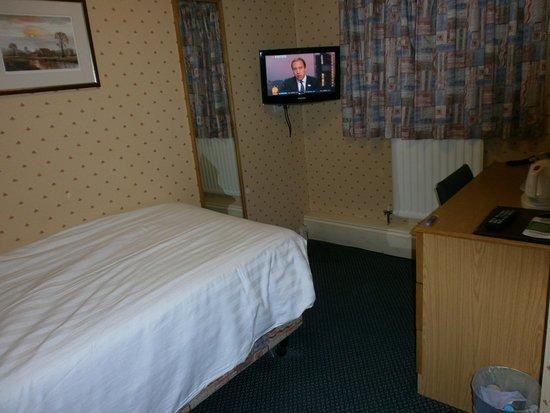 Imperial Hotel: nice clean single room