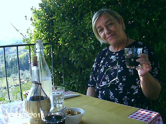 Montefioralle, Italie : cin cin