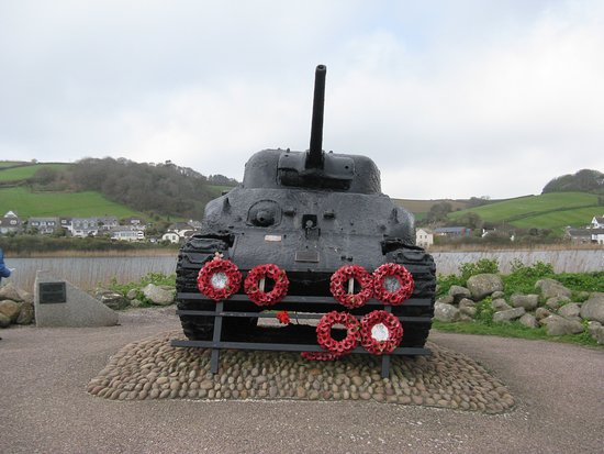 Slapton, UK: Sherman tank at Torcross