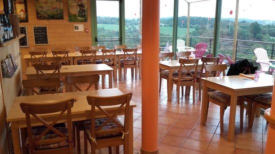 Brasparts, Francia: restaurant