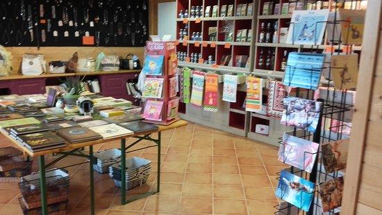 Brasparts, Francia: boutique