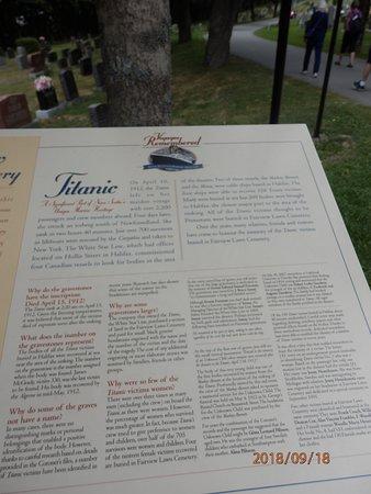 Fairview Lawn Cemetery: Tablica informująca o katastrofie