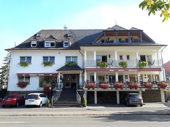 Mesenich, Tyskland: Blick von der Mosel