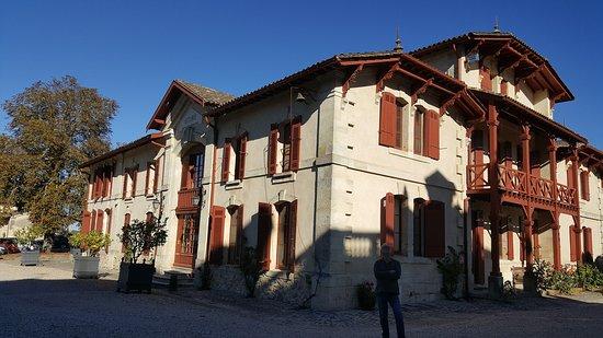Labarde, França: Anciennes écuries transformées en partie en chambres d'hôtes