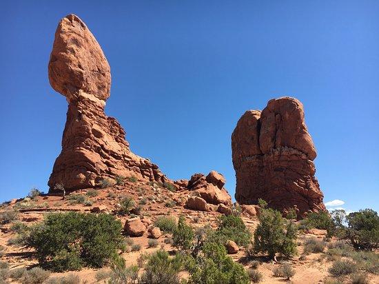 balanced rock picture of balanced rock trail moab tripadvisor