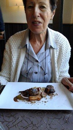 Villeneuve d'Aveyron, France : 5 - le veau de ma femme