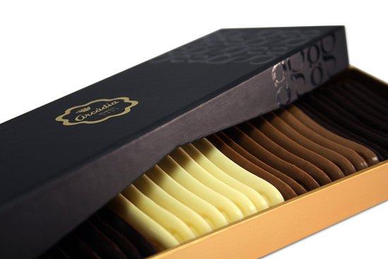 Arcádia Casa do Chocolate (C.C. Cidade do Porto - Livraria Bertrand): Caixa Línguas de Gato Premium
