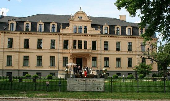 Schloss Ribbeck - Front