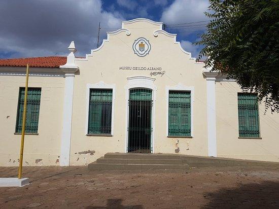 Picos: Visita ao Museu Ozildo Albano.