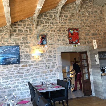 Saint-Jean d'Alcas, France: Restaurant la pourtanelle