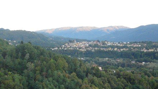 Castelvecchio Pascoli, إيطاليا: View from the room -