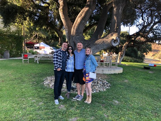 Solvang, Kalifornien: This group was so much fun! Andrew Murray the Perfect Finish to a Perfect Day