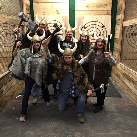 ‪Ragnarok Axe Throwing‬