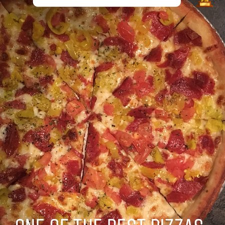 Broadview Heights, OH: Sammy's Pizza at Danny Boys!!