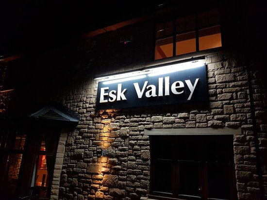 Esk Valley Table Table: 20181010_220854_large.jpg