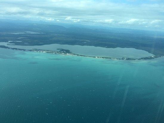 Starfish Island: Approaching mainland in Belize