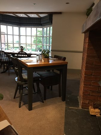 Martley, UK: A great bay window table with views of the Malvern's is available if you're in a group.
