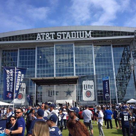 AT&T Stadium: photo0.jpg