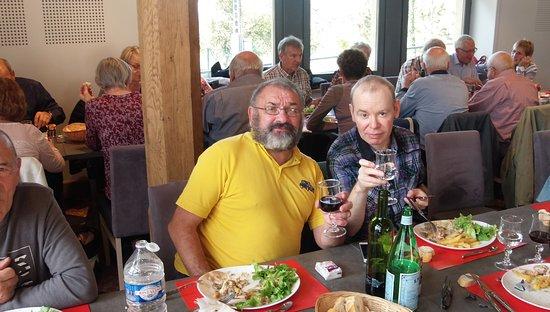 Douaumont, Frankreich: Mon conjoint et moi, organisateurs de cette sortie de club.