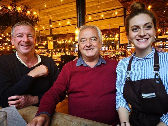 Albert's Schloss: A very welcoming waitresss