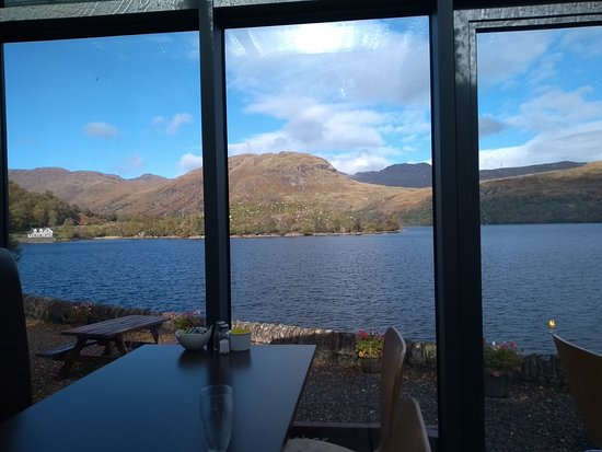 Stirling, UK: Stunning views across Loch Katrine