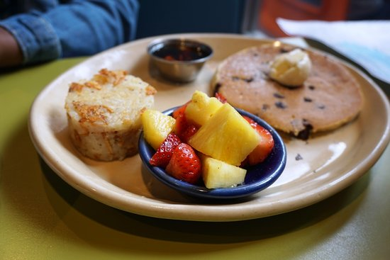 Tustin, CA: Kid's meal with pancakes