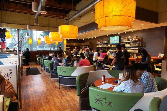 Tustin, CA: Indoor seating