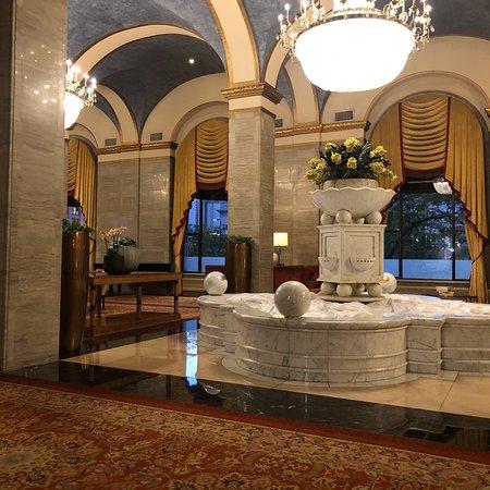 Renaissance Cleveland Hotel Photo