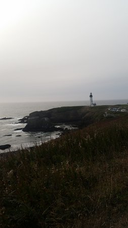 View of the Yaquina Head lighthouse at dusk