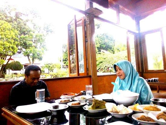 Batusangkar, Indonesien: P_20181015_115041_1_large.jpg