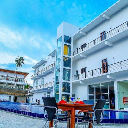 Godakawela, Sri Lanka: Saru Blue Sapphire Hotel