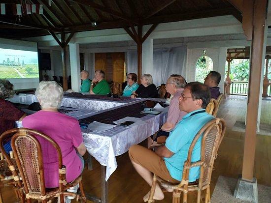 Tripadvisor - Guest Activities - תמונה של Puri Lumbung Cottages, Restaurant and Spa - Munduk Village, מונדוק