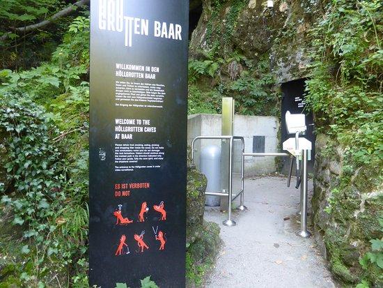 Höllgrotten: Eingang zur Höhle